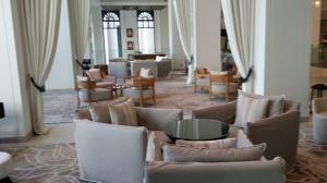 Vida lobby lounge